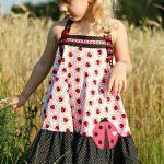 Minina Kleid erbsuende
