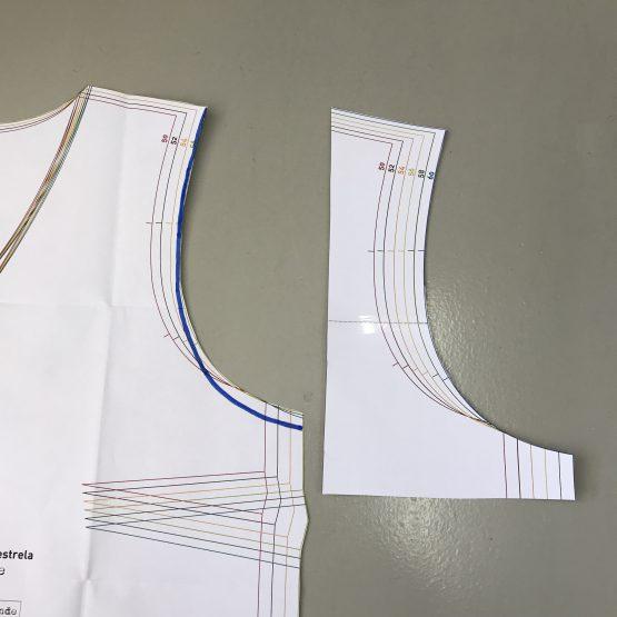 Schnittmuster anpassen größerer Ärmel Armausschnitt Tutorial Nähanleitung