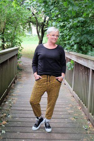 erbsünde Schnittmuster ebook Damen Hose Calma Sweathose curvy