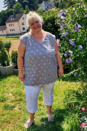 ebook_Schnittmuster_Dona Estrela_Curvy_Plus Size_Damen_Oberteil_Shirt_Top_erbsuende_18