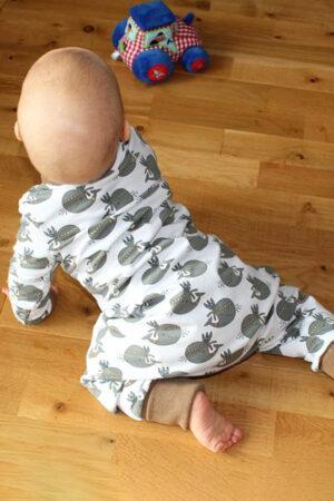 ebook_Schnittmuster_Siesta_Baby_Kinder_Schlafanzug_Pyjama_Overall_Stoffwindeln_erbsuende_18